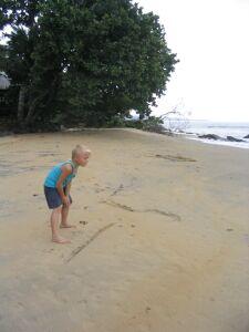 Wir haben viel am Strand gespielt...