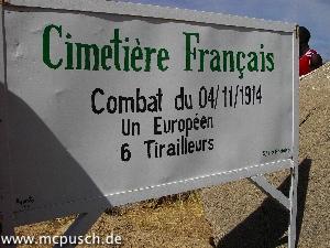 Französischer Friedhof - Kampf am 04.11.1914 - 1 Europäer, 6 Schützen
