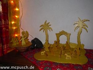 Krippenfiguren aus Sperrholz.